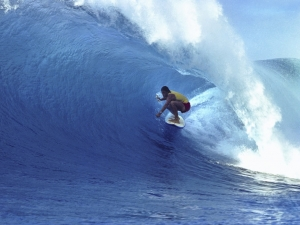 Shaun Tomson driving through the unpredictable inside bowl as Sunset Beach, 1976.